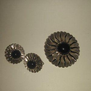 Vintage brooch & earring set.